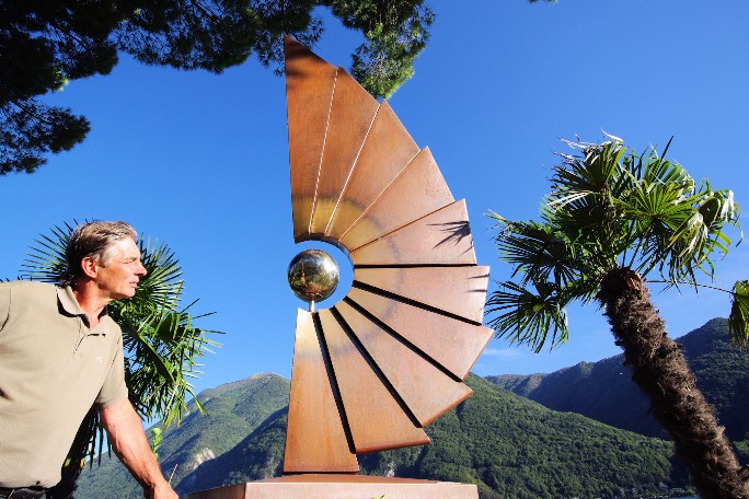 green holidays Lake Como artists sculptor Motti